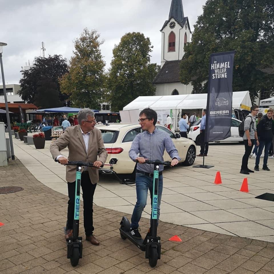 E-Scooter auf dem Marktplatz